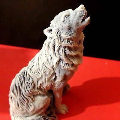 Wolf figurine marble chips sculpture wolf howling Souvenirs Russia wild animal