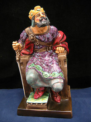 Royal Doulton Figurine The Old King HN 2134 very large piece 10.5 inches Tall.