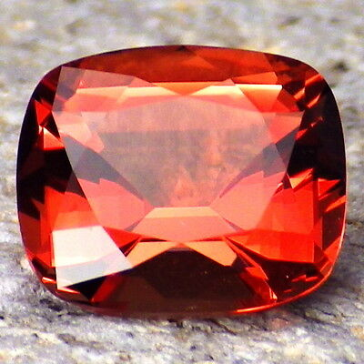 RED OREGON SUNSTONE 2.20Ct FLAWLESS-FOR TOP JEWELRY-INTENSE RED ORANGE COLOR!