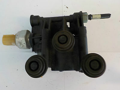 2007 Range Rover Sport Discovery 3 Rear Suspension Valve