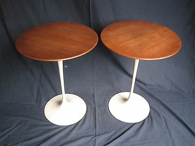 Pair of Vintage Original Eero Saarinen Tulip side tables by Knoll