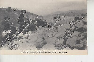 Spanish Civil War 1936-39 LIGHT INFANTRY SOLDIERS FIRING GRAVESHOT AT THE ENEMY
