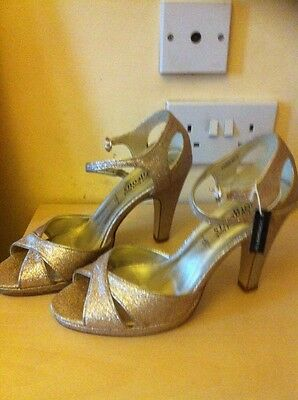 """Ladies New Look Gold Sandals Size 6 Bnwt """"GREAT for XMAS"""""""