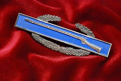 WWII U.S. COMBAT INFANTRY BADGE - STERLING MARKED & w/STERLING CLUTCHES