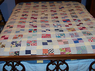 STUNNING VINTAGE FOUR PATCH FEED SACK QUILT, EXPERT QUILTING, c1930