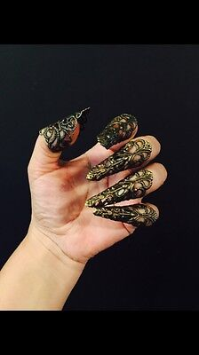 Arrow claws or finger tips in antique brass color, set of 5pcs.