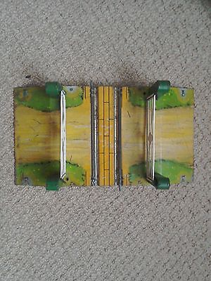 Hornby 0 Gauge Level Crossing