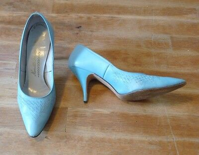 Vintage Sky Blue Geometric Patterned Leather High Heels size 8
