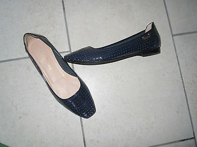 RUSSELL & BROMLEY Navy Black Patent Flat Shoes Size 39 NEW