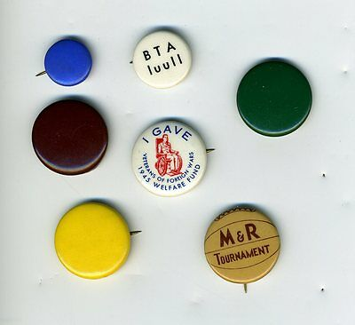 Lot of Vintage Whitehead & Hoag Advertising Pinback Buttons