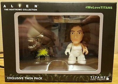 Alien The Nostromo Collection Titans Vinyl Figures TwinPack Collectible Unopened