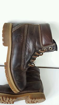 Genuine Timberland classic brown leather men's boots size UK 7