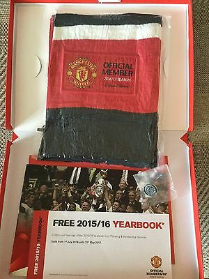 Official Manchester United Members Pack 2016/17 Season - Scarf & Badge 2016/2017