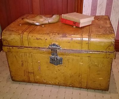 Antique Tin Trunk, Storage Chest/Coffee Table