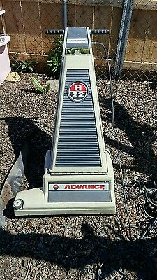 Advance carpetriever 22 in good working condition