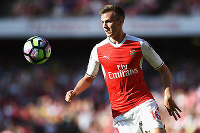 Arsenal FC Rob Holding Unsigned photo 6x4