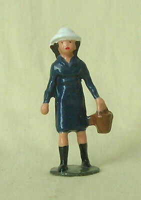 "Little Girl with Basket, 1-5/8"" (1:32) train figure, Reproduction Johillco"
