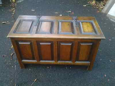 Vintage Oak Panelled Small Bedding Box/ Ottoman With Cast Metal Riveted Hinges