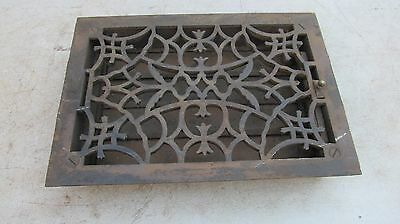 Vntg Ornate-Victorian-Cast-Iron-Register-Heat Vent