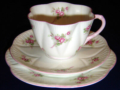 """Rare Shelley """" Bridle Rose """" Pattern On Dainty Shape Cup Saucer Trio Set"""