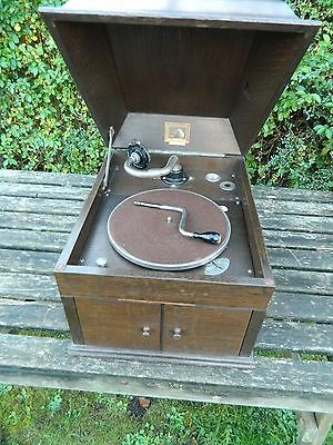 His Master's Voice Model 109 Table Top Gramophone