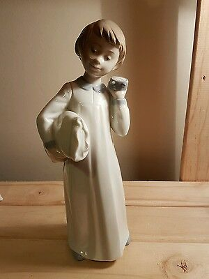 Lladro/Nao - Boy with Pillow and clock - Excellent condition!