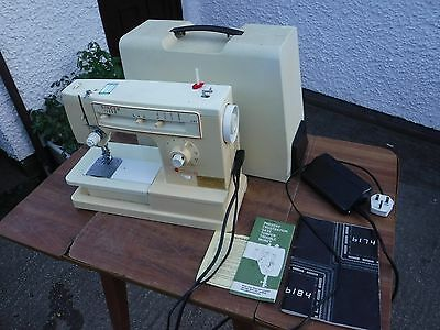 Vintage  Singer   6184  Solaris  Zig Zag   Sewing  Machine.   M 32843376. • EUR 28,45