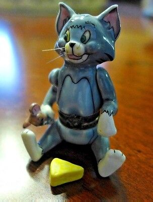 Porcelain Articulated Box Tom & Jerry Cut to the Chase 1997 Hinged Limoges Type