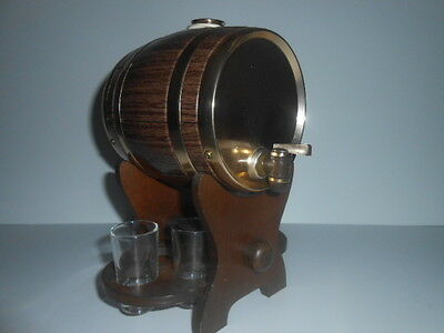 Barrel Decanter On Wooden Stand With 4 Shot Glasses / See Photos