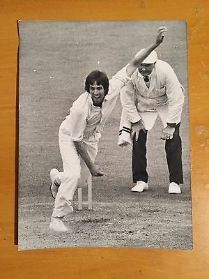 1975 Mike Selvey bowling for Middlesex a Central Press Photograph vgc