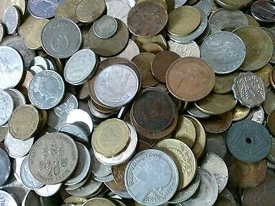 Lot of 200 world treasure hunt foreign coins. Over two hundred coins. #3200-1