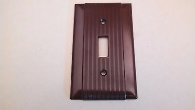 Vintage Brown  Bakelite  Single Toggle Switch Plate Ribbed  Design Arrow