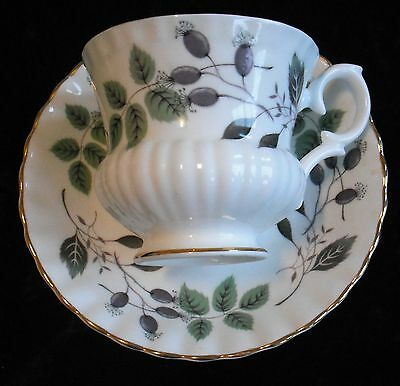 Vintage ROYAL IMPERIAL CUP AND SAUCER - Gold Trim - Bone china - England - 1950s