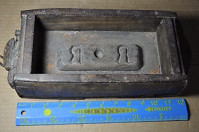 "Antique Early Primative Brick Mold ""r *  R"""