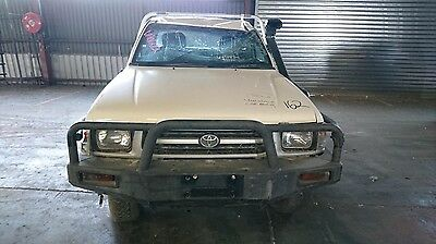 Toyota Hilux Manual Vehicle Wrecking Parts 2000 #va01212