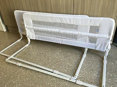 Childcare Bed Guard/Rails 102cm