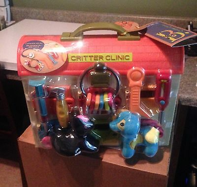 B. Critter Clinic Toy Vet Play Set New