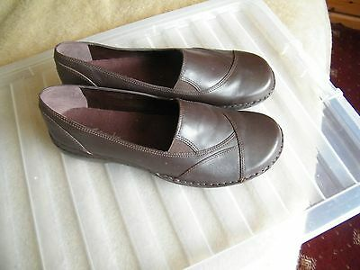Brand New Clarks Ladies Brown Leather Loafers Slip On Shoes Size Uk 8