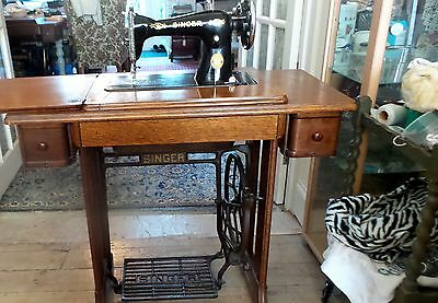 Vintage Singer Treadle Sewing Machine With Attachments 15K80