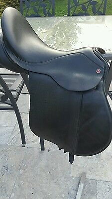 17'5 inch med wide Albion saddle