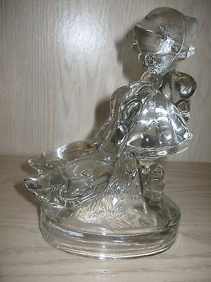 L E Smith Glass Co Goose Girl Crystal Glass Figurine 1944-1973