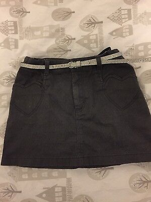 H&M Girls Grey Skirt with sparkly silver belt to match Age 5-6 years