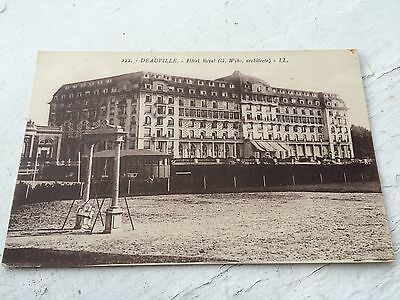 Carte postale ancienne Deauville Hotel Royal Calvados (14) CPA01
