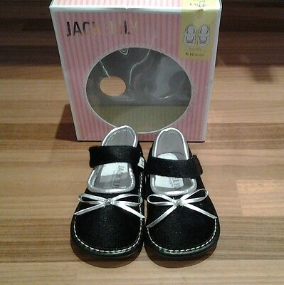 Baby shoes 6-12 months