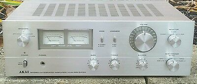 Akai Integrated Amplifier AM-2450-Silverface-Vintage