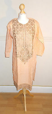 Ladies/Women / Girl's Pakistani/Indian Fashion Kurta/Kurti / Top- Peach