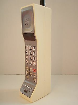 1980's Style Vintage Brick Cell / Mobile Phone Prop - Motorola DynaTAC 8000s