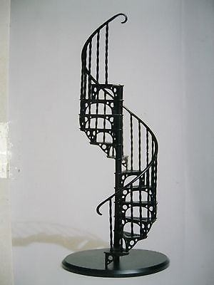 Dolls House spiral staircase 1/12th scale realistic white metal kit by SMTS.