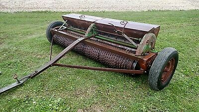 Brillion Sure Stand Cultipacker Seeder Drill 8 Foot