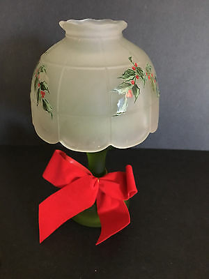VINTAGE WESTMORELAND Frosted GLASS CHRISTMAS HOLLY CANDLE LAMP